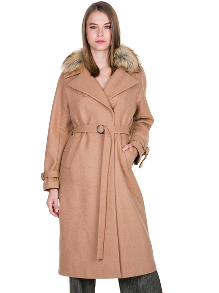 Maxi coat with dispatchable faux fur