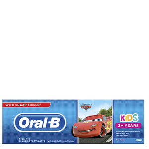 S3.gy.digital%2fboxpharmacy%2fuploads%2fasset%2fdata%2f48187%2f08001841296784 81697515 productimage inpackage front center 1 oral b manual