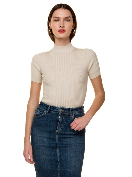 Knit ribbed top