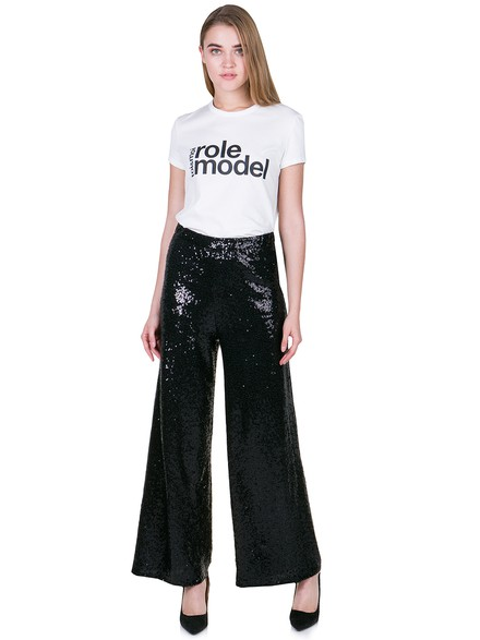 Loose trousers with sequins