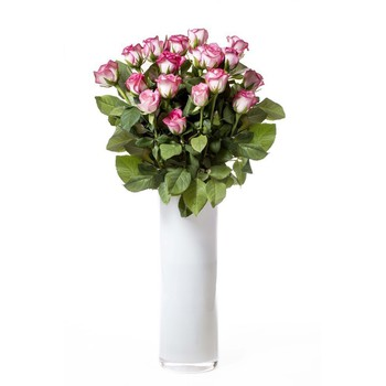 IN ROOM AMENITIES: Large Vase with Flower Arrangement