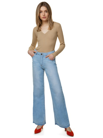 Wide leg denim