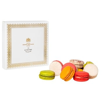 Selection of Macarons (9 Pieces)