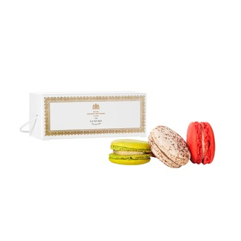 Selection of Macarons (4 Pieces)
