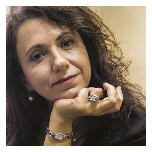 Γνωριμία με τη βραβευμένη συγγραφέα Αγγελική Δαρλάση