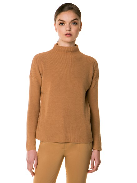 Stovepipe neck jumpers