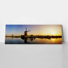 Beautiful panoramic image of the dutch windmills at kinderdijk  the netherlands. an unesco world heritage site. hdr