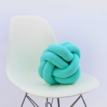 Knot pillow turquoise b