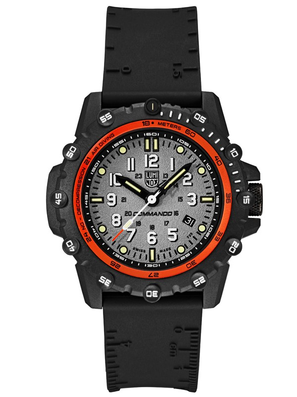 The Commando Frogman 3300