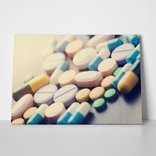 Close up of tablets and capsules 376019320 a