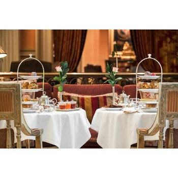 GIFT VOUCHER: 1 AFTERNOON TEA FOR 2 AT THE WINTER GARDEN