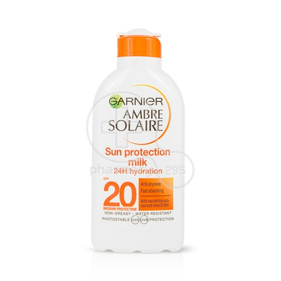 GARNIER - AMBRE SOLAIRE Sun Protection Milk Anti-Dryness SPF20 - 200ml