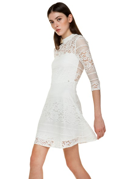Dress with lace details