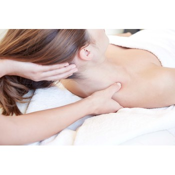 ΔΩΡΟΕΠΙΤΑΓΗ: BACK, NECK & SHOULDERS MASSAGE