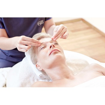 GIFT VOUCHER: Regenerating Eye Collagen Mask Treatment by Valmont