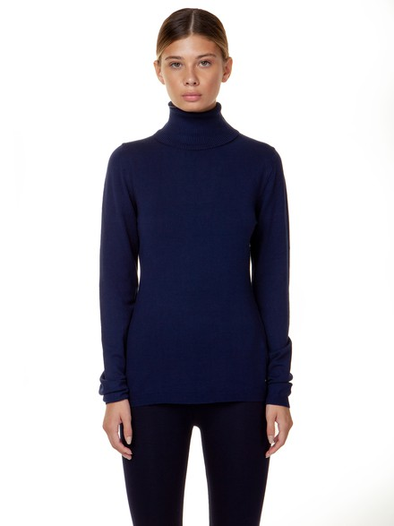 Basic turtleneck knit