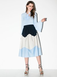 3-colored skirt with pleats