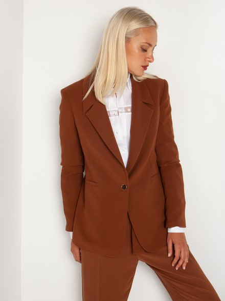One button blazer